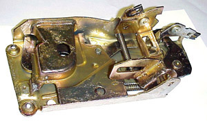 1973-1981 Door latch assembly